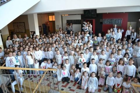 Barevný týden - Hrdá škola