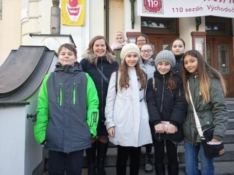 Návštěvníci divadla