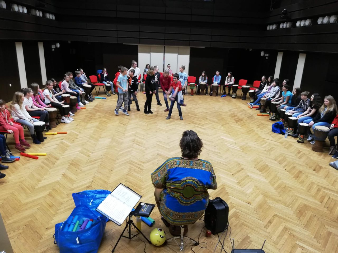 5.A - výukový program - Bubnování v kruhu