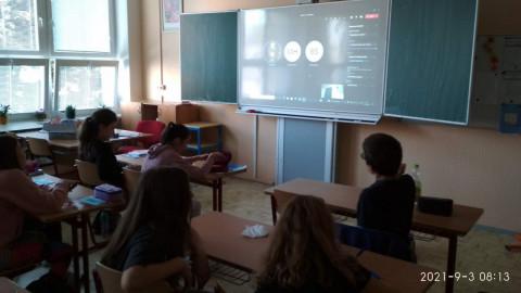 Videohovor s chybějícími spolužáky (7. A)